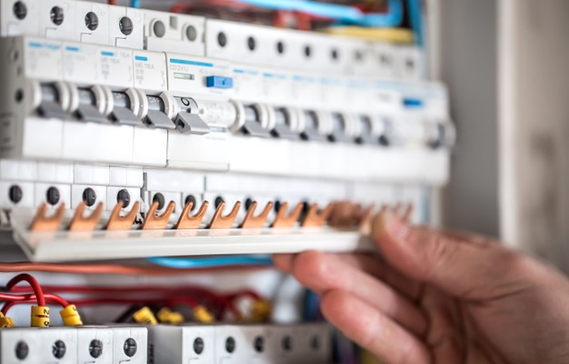 Buy Surplus Electrical Bolt-On Circuit Breaker Saving Your Money