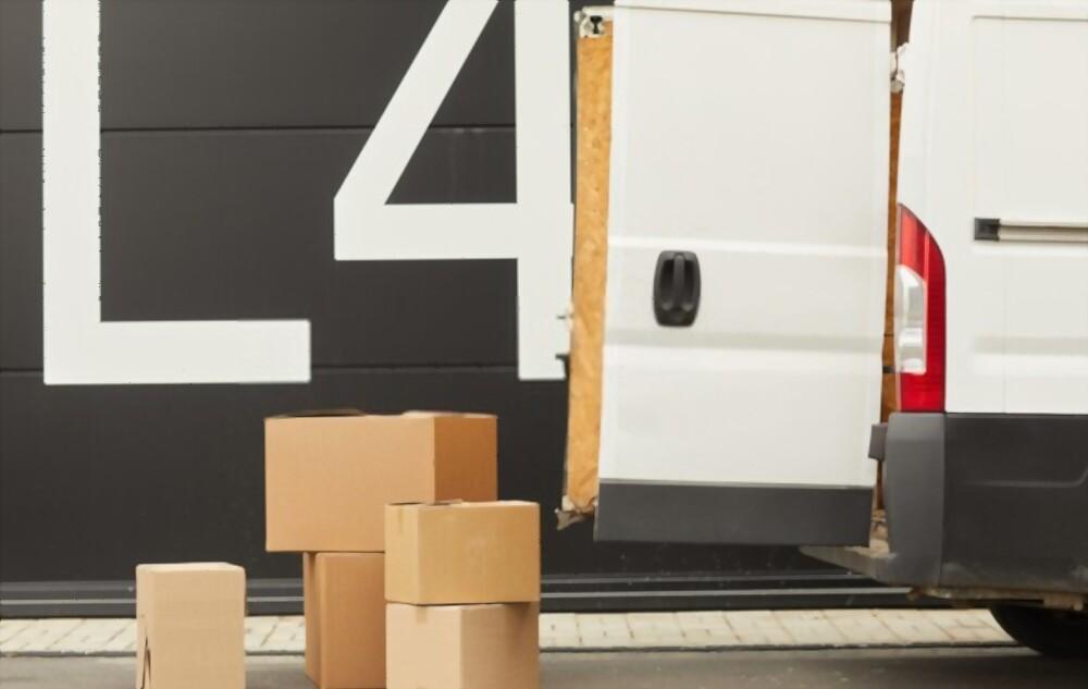moving van London